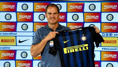 COMO, ITALY - AUGUST 09:  Frank de Boer poses for a photo during FC Internazionale Unveils New Coach Frank De Boer at Appiano Gentile on August 9, 2016 in Como, Italy.  (Photo by Claudio Villa - Inter/Inter via Getty Images)