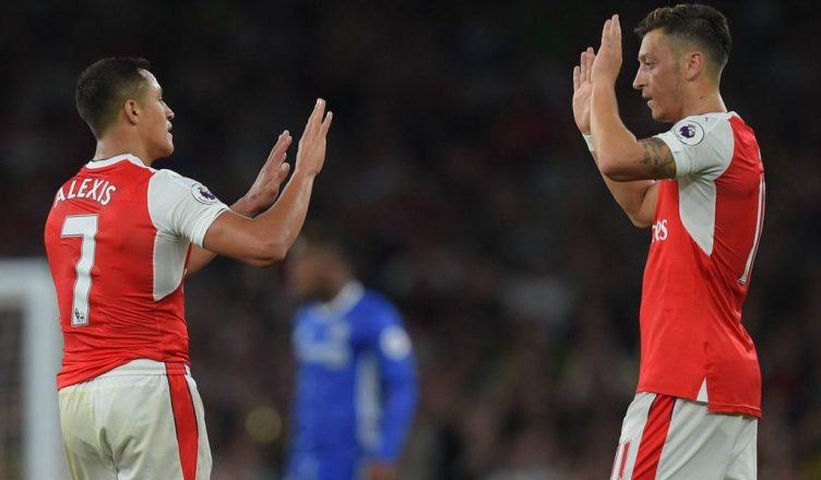 Alexis Sanchez & Mesut Özil