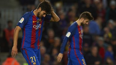 BARCELONA, SPAIN - NOVEMBER 19:  Andre Gomes of Barcelona reacts during the La Liga match between FC Barcelona and Malaga CF at Camp Nou stadium on November 19, 2016 in Barcelona, Spain.